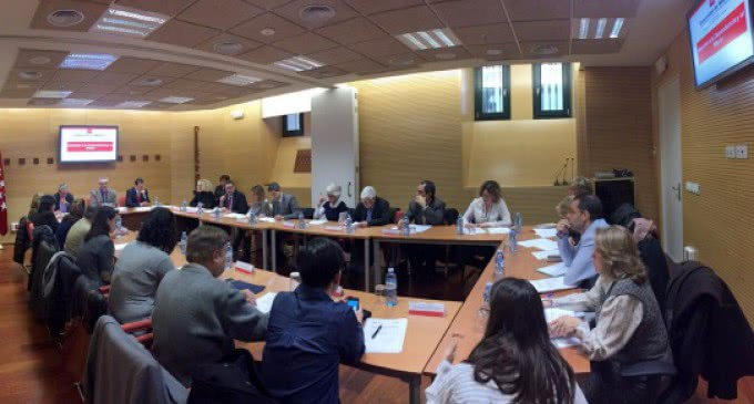 La Comunidad de Madrid destina más de 1.140 millones de euros a la dependencia