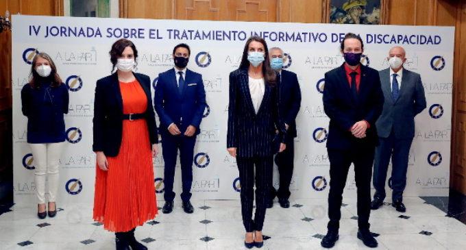 Díaz Ayuso acompaña a la Reina en la IV Jornada sobre el Tratamiento Informativo de la Discapacidad