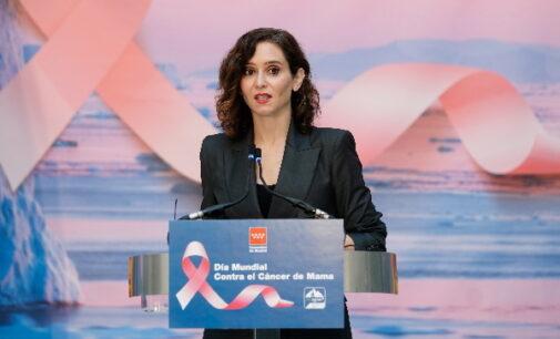 Díaz Ayuso anuncia una campaña de cribados masivos para detectar cáncer de mama en mujeres a partir de 50 años