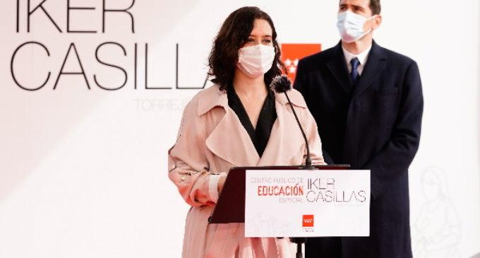 Díaz Ayuso presenta con Iker Casillas el futuro centro público de Educación Especial en Torrejón de Ardoz que llevará el nombre del futbolista
