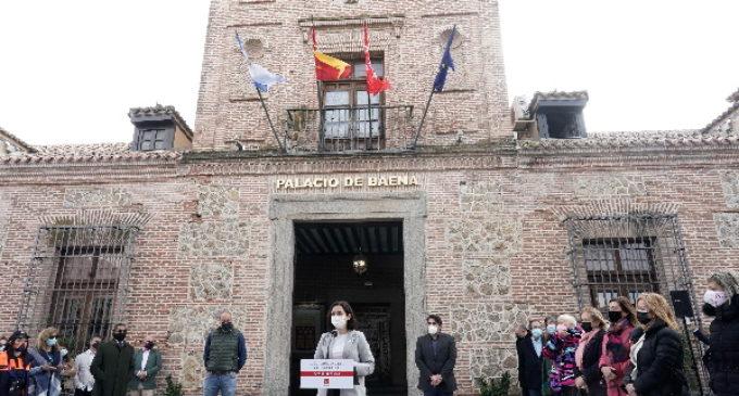 Díaz Ayuso presenta los proyectos del PIR en Sevilla la Nueva con una inversión de 2,8 millones