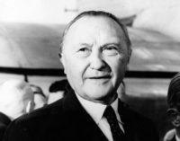 De lo humano y lo divino: La dignidad de Adenauer