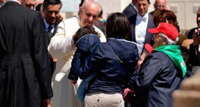 El Papa a los dirigentes de empresa: Es necesario incrementar un espíritu emprendedor de subsidiaridad