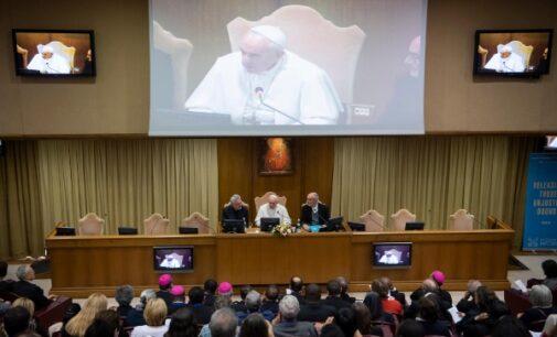"""El Papa denuncia """"la mercantilización de la sociedad"""""""