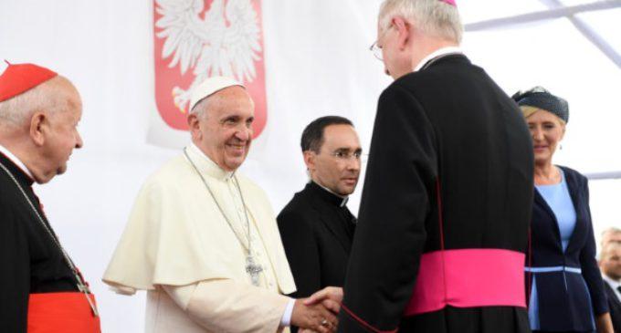 El Santo Padre agradece a la Iglesia polaca el esfuerzo para la JMJ y en su visita