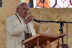 El Papa llega a Bolivia 5. jpg