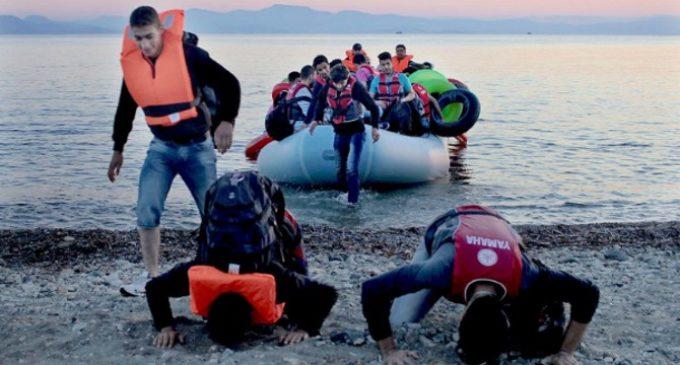 El Santo Padre lleva a Roma a 9 refugiados más desde Lesbos, dos de ellos cristianos