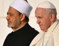El Papa y el Gran Imán de Al-Azhar sellan un pacto por la fraternidad y la unidad de toda «la familia humana»