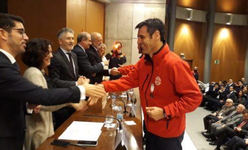 El equipo de comunicación de Emergencias 112 Comunidad de Madrid recibe la Medalla al Mérito de Protección Civil