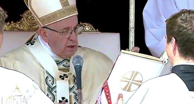 El Papa declaró santos a una religiosa sueca y a un sacerdote polaco