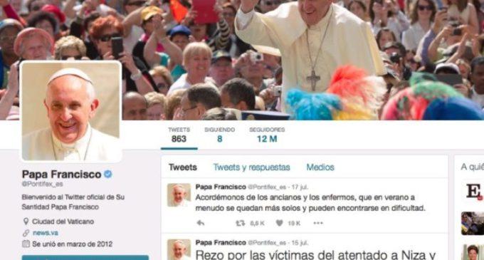Los seguidores de Francisco en Twitter superan los 30 millones