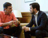 El PSOE recurre a la demagogia en materia social en su giro populista