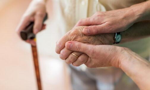 Eliminadas las limitaciones en el número y duración de las visitas a residencias de mayores