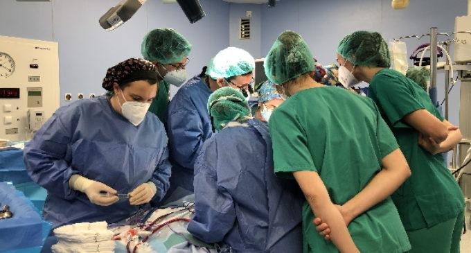Un equipo médico del Hospital La Paz realiza el primer proceso de donación con el programa ECMO móvil infantil de la Comunidad de Madrid