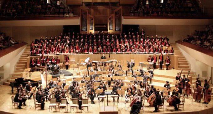 I Concierto VOCES UNIDAS: Orquesta Sinfónica, Coro y Escolanía  JMJ, a favor de Manos Unidas