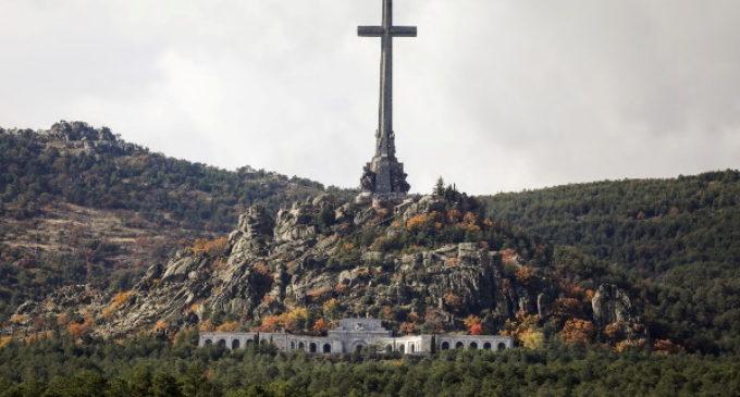 España: El Vaticano recuerda que nunca se ha pronunciado sobre la exhumación de Franco