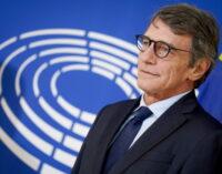 """Europa: David Sassoli ratifica que la democracia se fortalece """"si mira a las personas"""""""