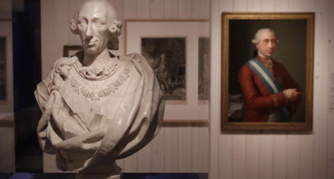 La Comunidad de Madrid inaugura la exposición 'Una corte para el Rey. Carlos III y los Sitios Reales'
