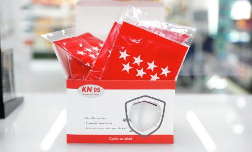 La Comunidad de Madrid entrega a los madrileños la segunda mascarilla modelo KN95 de forma gratuita