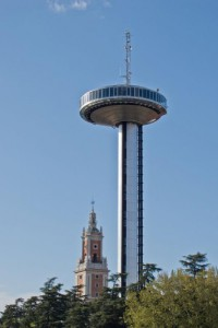 Faro de Moncloa 3