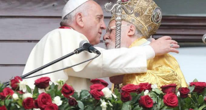 Francisco y el Patriarca Bartolomé I: »Exhortamos a todos los líderes a proseguir el diálogo interreligioso»