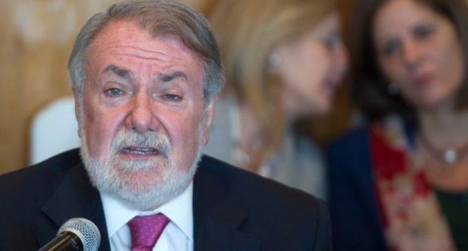La federación europea presidida por Mayor Oreja impulsa una plataforma cultural de intelectuales