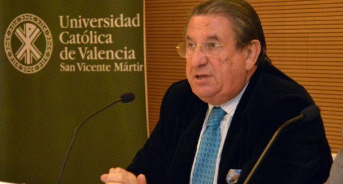 Francisco Vázquez: «El Ritz y el Palace no pagan IBI, ¿y quieren que la Iglesia sí?»