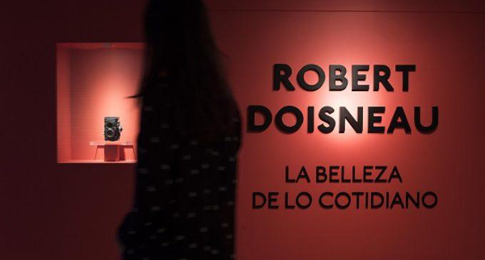 Fundación Canal exhibe en Madrid la belleza cotidiana e inesperada de Robert Doisneau