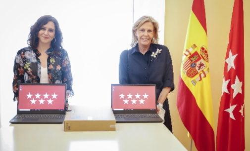 Díaz Ayuso agradece a la Fundación Humanitaria AGH la donación de 1.500 ordenadores para alumnos sin recursos
