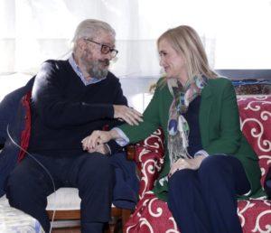 """CIFUENTES VISITA EL NUEVO CENTRO DE ACOGIDA PARA PERSONAS SIN HOGAR """"PADRE ARRUPE"""" EN SITUACIÓN DE CONVALECENCIA HOSPITALARIA La presidenta de la Comunidad de Madrid, Cristina Cifuentes, inaugura el nuevo centro para personas sin hogar """"Padre Arrupe"""" para personas en situación de convalecencia hospitalaria y/o enfermedad terminal. Posteriormente visitará el ayuntamiento de Villanueva de la Cañada.  Foto: D.Sinova / Comunidad de Madrid"""