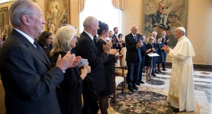 """El Papa expresa su """"gratitud"""" a las Fundaciones que sostienen la Guardia Suiza"""