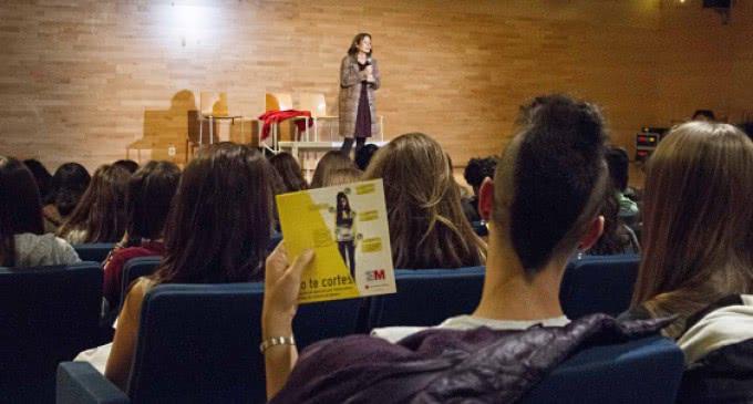 Las adolescentes deben a pedir ayuda ante casos de violencia de género