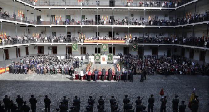 En el Acuartelamiento de Batalla del Salado, Garrido asiste a la celebración de la Virgen del Pilar, Patrona de la Guardia Civil
