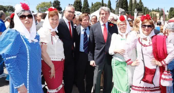 Garrido, con los madrileños en la pradera de San Isidro
