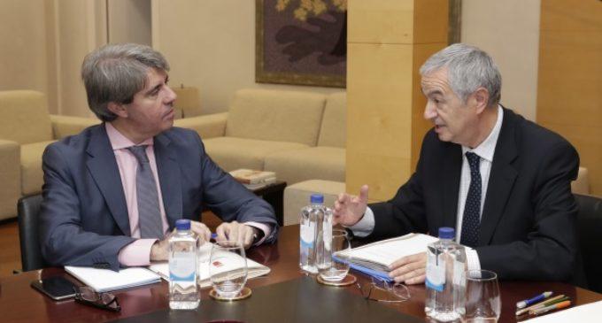 Garrido recibe a la nueva directiva de la Asociación 11-M Afectados del Terrorismo