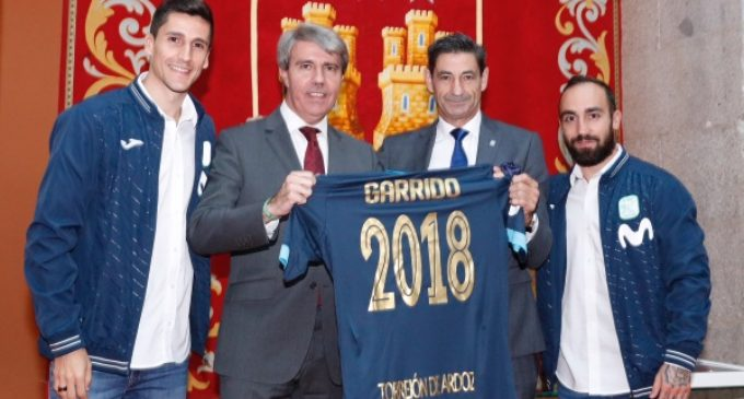 En la Real Casa de Correos, sede del Gobierno regional  Garrido recibe al Inter Movistar Fútbol Sala, campeón de Europa, Liga y Supercopa