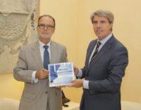 Garrido recibe la Memoria de actividades 2017 del Tribunal Superior de Justicia de Madrid