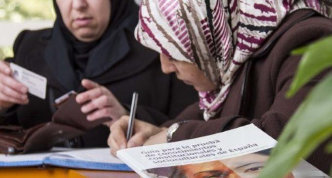 Guía de ayuda para los inmigrantes que quieran superar el examen de nacionalidad española