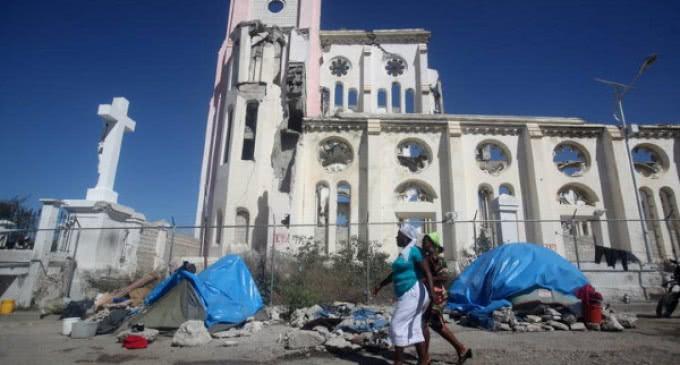 »Reconstruir el país, reconstruir la persona», dice el Papa a los participantes en la conferencia sobre Haití