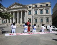 Derecho a Vivir cree que la ley de eutanasia propuesta por Sánchez es una amenaza para los mayores españoles