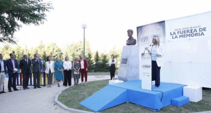 Cifuentes asiste al homenaje en memoria de Miguel Ángel Blanco y todas las víctimas del terrorismo