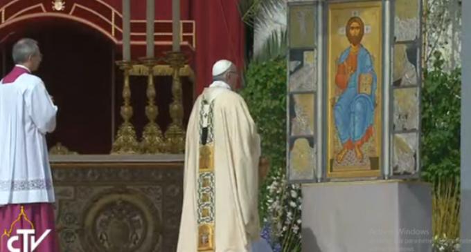 """Homilía de Pascua del Papa Francisco: """"¿Qué dice la Iglesia ante tantas tragedias?"""""""