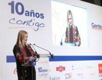 La presidenta regional defiende la independencia de los medios como garantes del derecho a la información