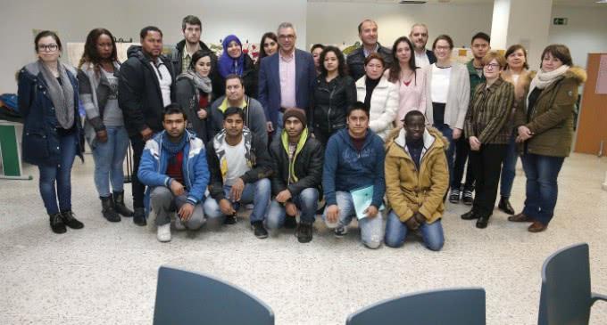 La Comunidad ayudará a los inmigrantes de la región a preparar los exámenes de nacionalidad
