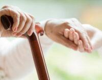 La Comunidad de Madrid invierte 854 millones para la contratación de 8.839 plazas en residencias de mayores