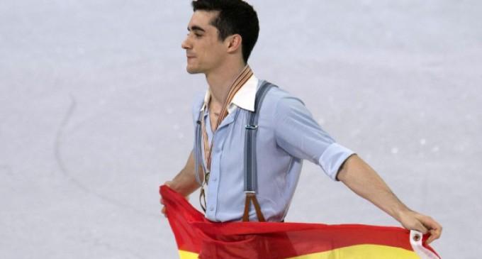 Premio 7 Estrellas de la La Comunidad de Madrid al campeón del Mundo de patinaje sobre hielo Javier Fernández