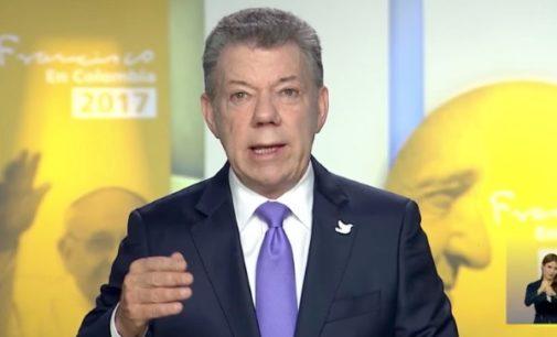 Cese al fuego de guerrilla ELN en la víspera del viaje de Francisco a Colombia