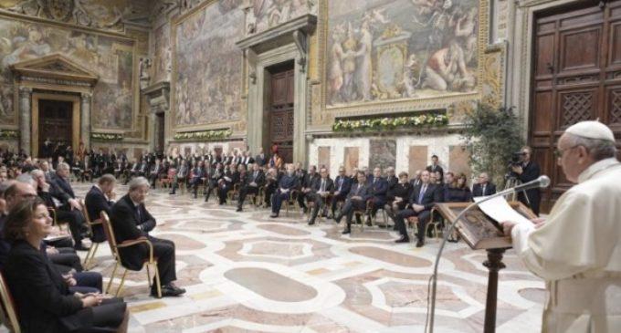 El Santo Padre indica a los líderes europeos los pilares identificativos para un camino de esperanza