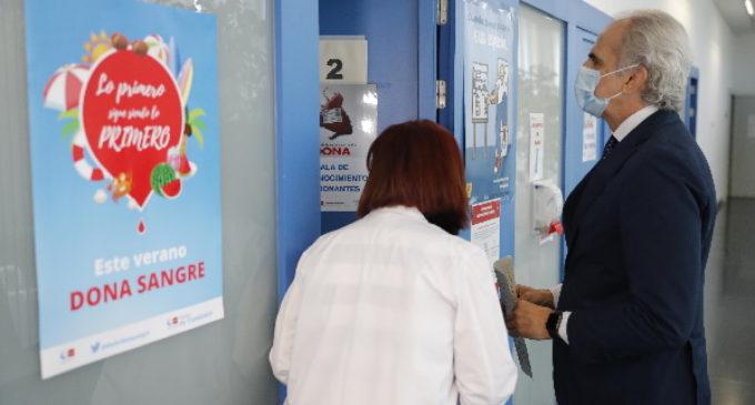 La Comunidad anima a los madrileños a que donen sangre para alcanzar las 5.000 donaciones esta semana