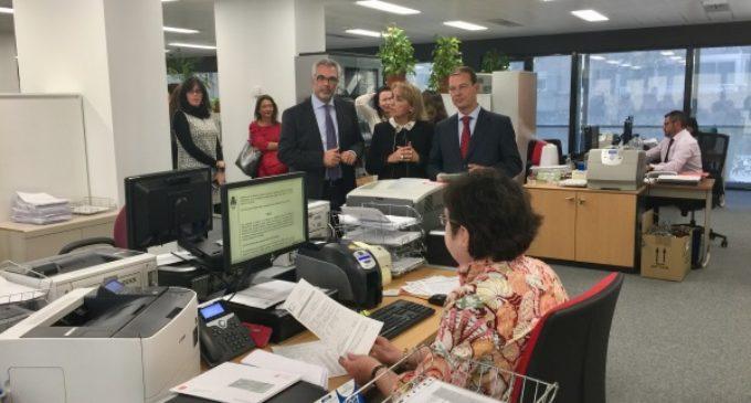 La Comunidad de Madrid agiliza la tramitación y gestión de los títulos de familia numerosa